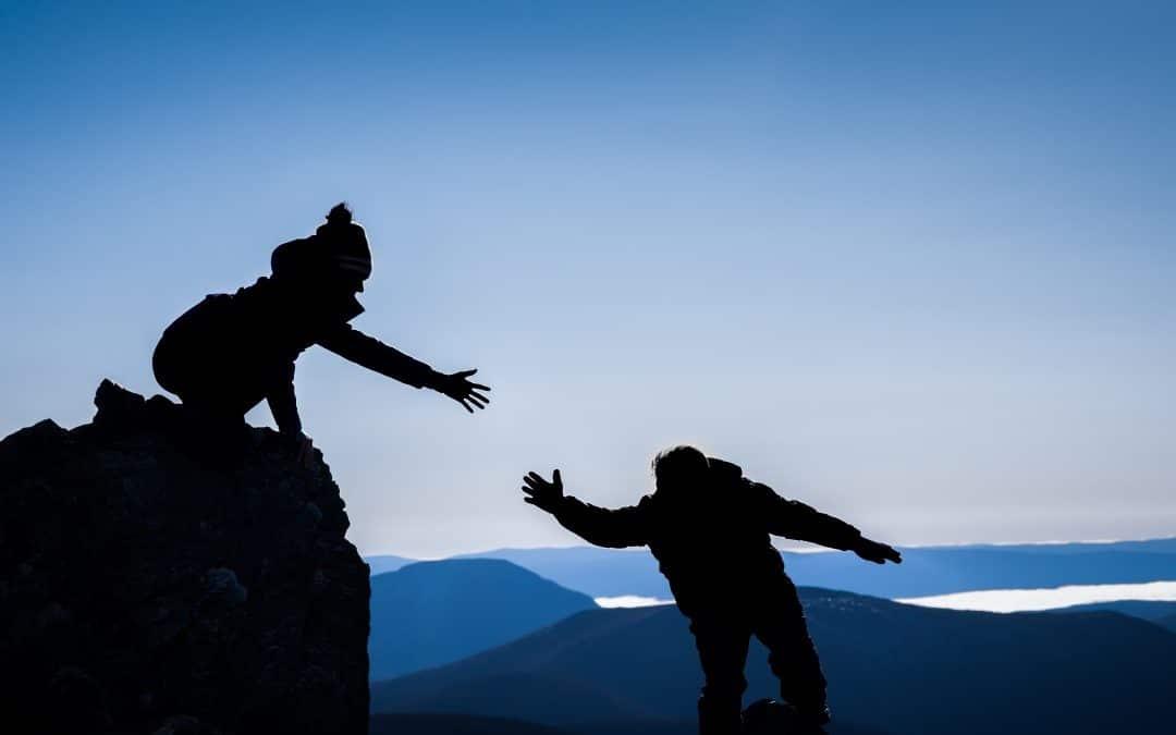 Ne pas céder à la haine: plaidoyer pour la lucidité, l'engagement puissant et la force de l'esprit.